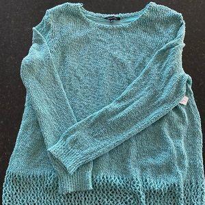NWT Relativity 2X Aqua & Silver Tunic Sweater